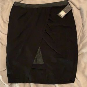 Missimo Asymmetrical skirt with leather details